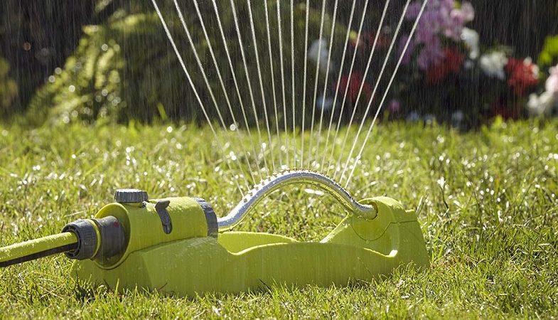 Programmeur d'arrosage : un outil de jardinage clé