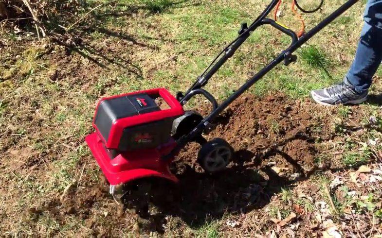 Que faire avec une motobineuse dans le jardin ?